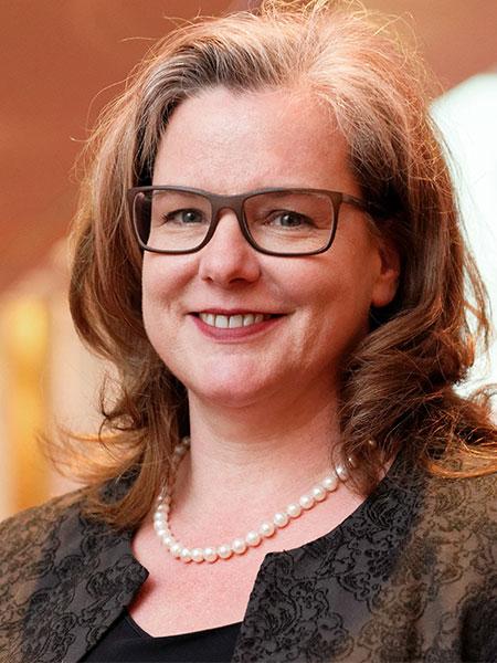 Dr. Kerrin Schillhorn