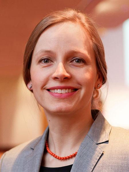 Nicole Narewski